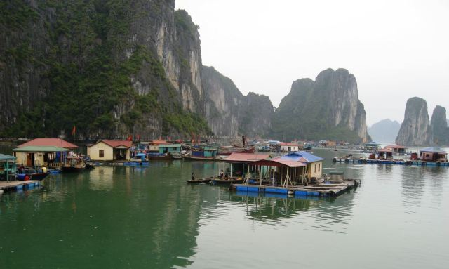 ha long village2